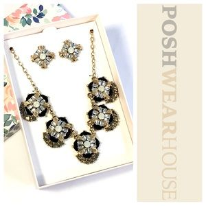 Jewelry - Black, Gold & Silver Earring & Necklace Set